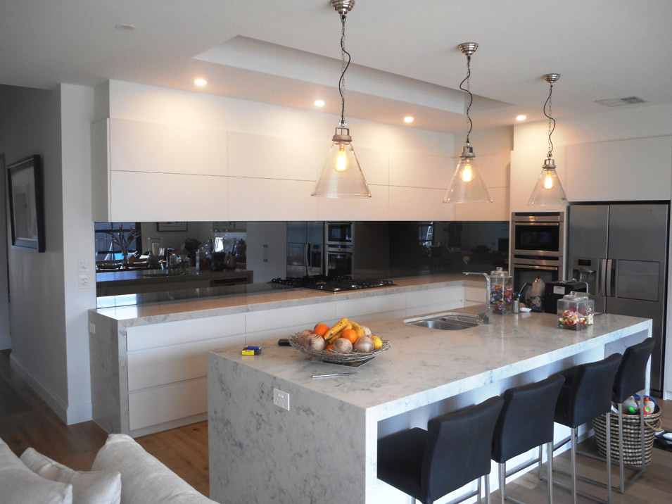 Melbourne S Longest One Piece Toughened Charcoal Mirror Splashback Nearly Five Metres Long Brighton Manufactured And Installed By The Manhattan Co